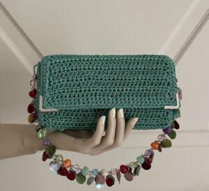 Bolso crochet verde con abalorios Menna Spain®